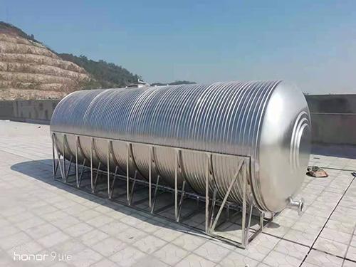 冷水箱厂家组装