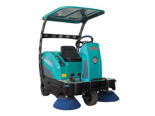 驾驶式扫地机