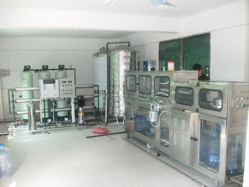 桶裝水生產線2T/H直飲水設備