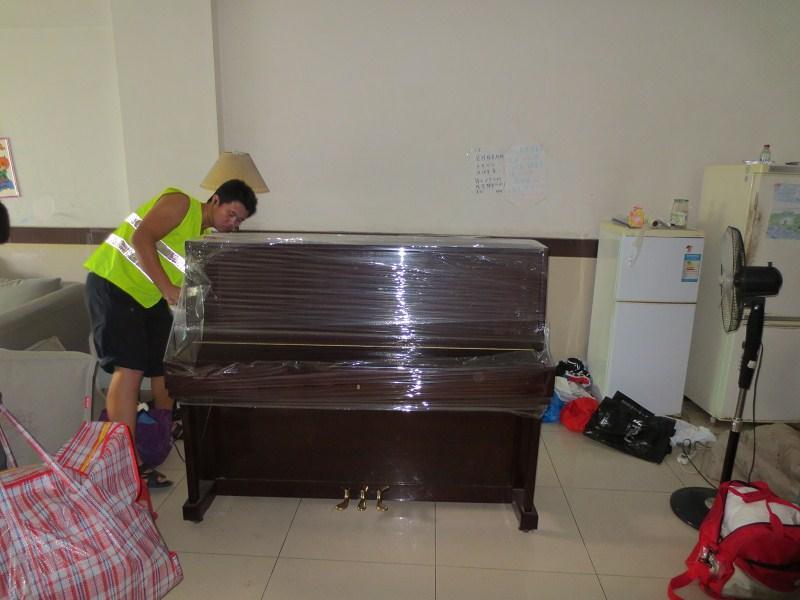 常平搬家公司-常平板石霞村搬钢琴