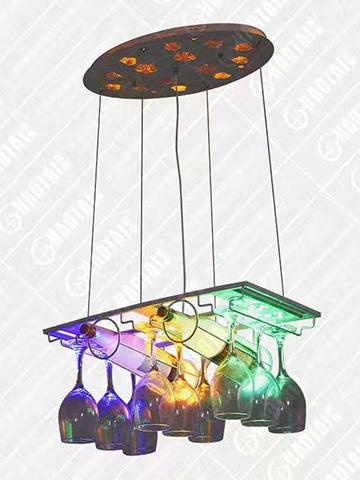 餐厅炫彩异形灯饰