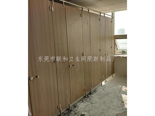 东莞落地式卫生间隔板