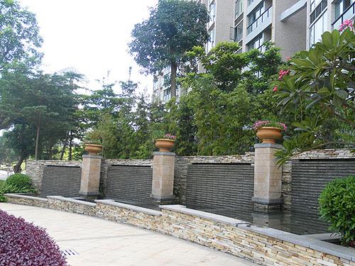 深圳金纵蓝钻风景花园—门前水景