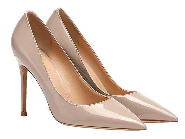 女士高跟鞋