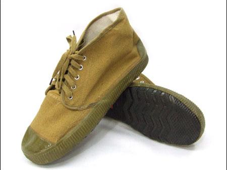 绝缘解放鞋