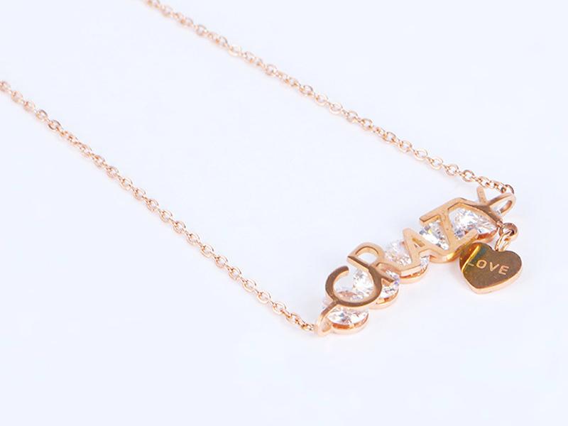 钛钢爱心水钻项链