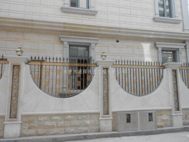 楼盘铁艺围栏