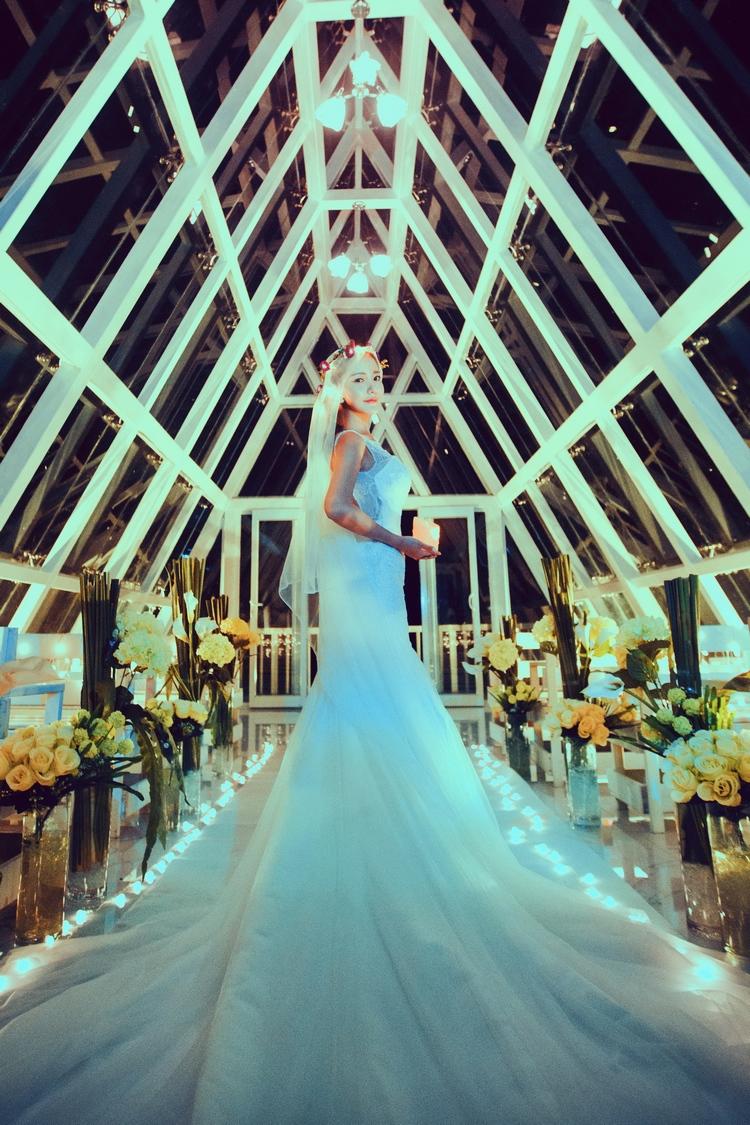 东莞好莱坞婚纱摄影全新主题婚纱照