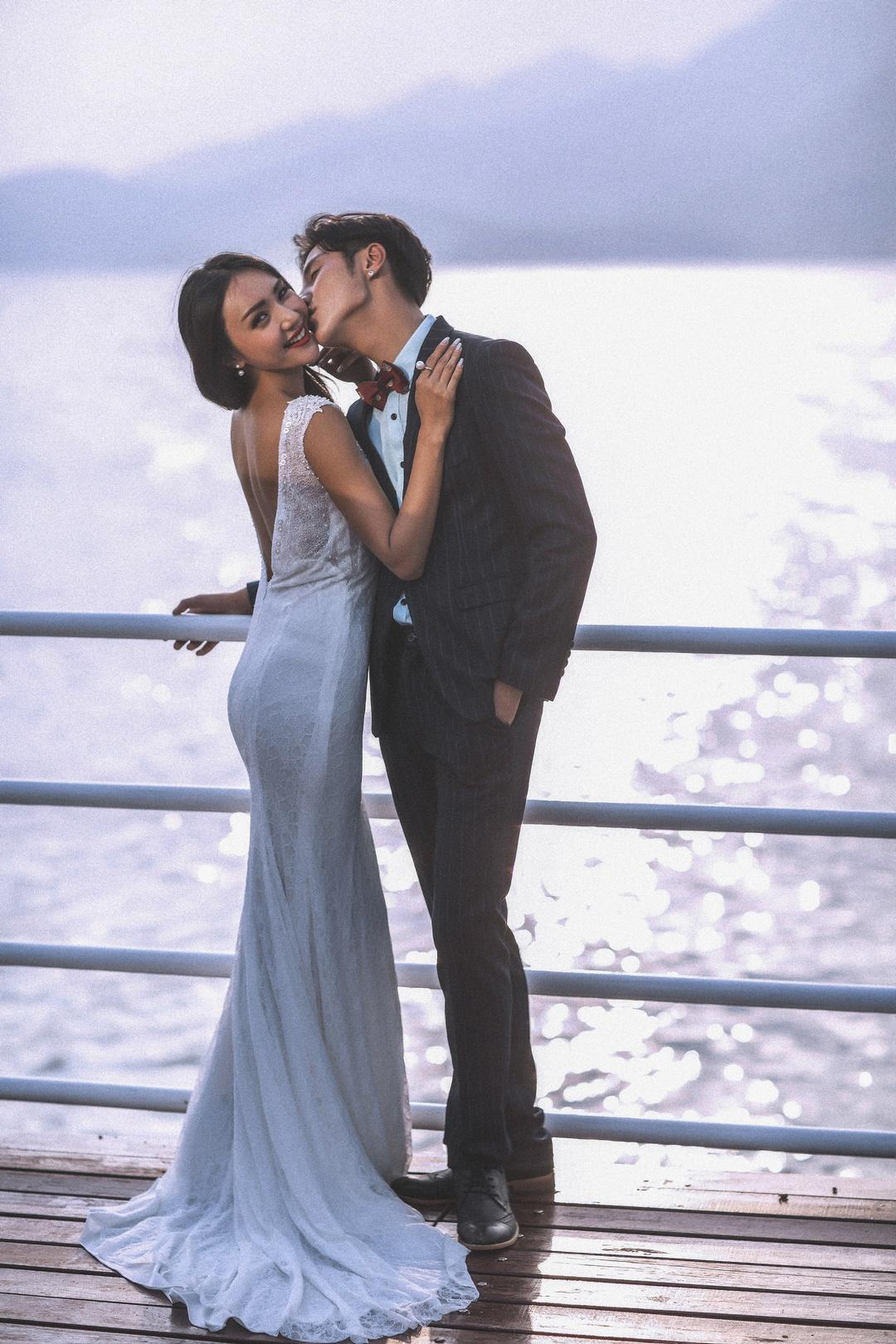 厚街婚纱照哪家拍的好,找厚街婚纱摄影,来好莱坞婚纱摄影工作室