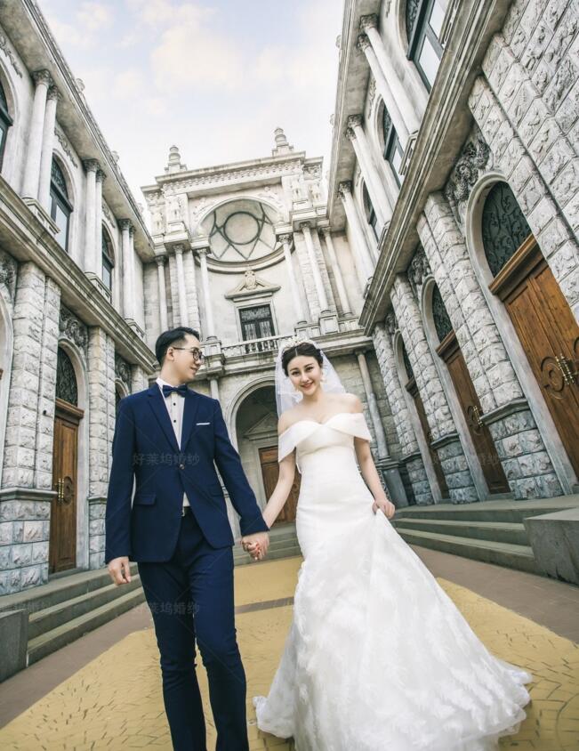 企石婚纱照哪家拍的好,找企石婚纱摄影,来好莱坞婚纱摄影工作室