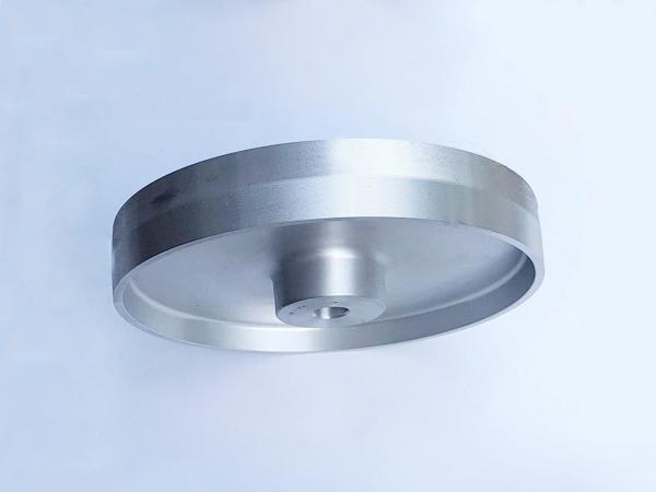 鋁芯輪305×50.24孔