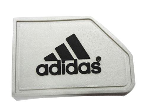 adidas加银粉硅胶滴胶商标软胶章