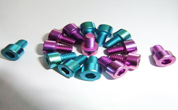 钛螺丝搓丝板系列