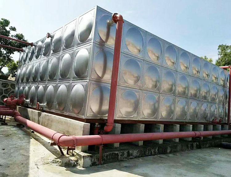 吉林拼裝組合式不銹鋼水箱_匯洋不銹鋼水箱_方形組合式_山頂_立式