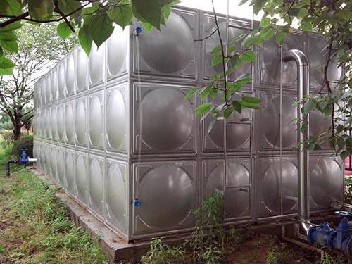 湖北圆形不锈钢水箱供应_汇洋不锈钢水箱_立式_箱泵一体化_卧式