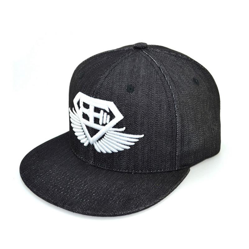胖子_成都時尚嘻哈帽一件代發_金森帽子