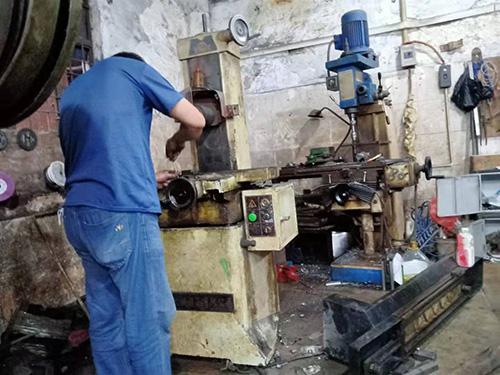 東莞市鳳崗大有機械618S手搖磨床維修