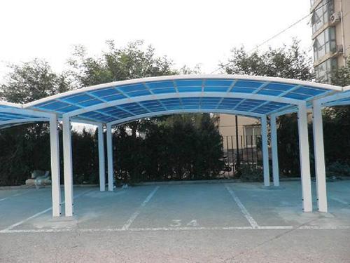 寮步铁皮棚工程厂家对车棚结构设计主要包含荷载分析