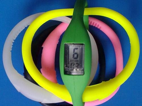 硅胶手表带保护套供应