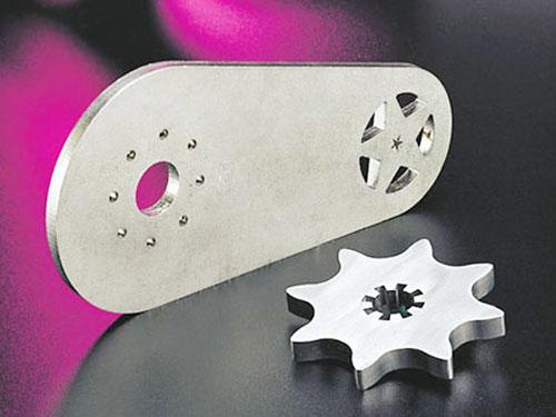 激光切割加工铁块