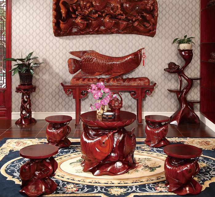 金龍魚雕刻家具