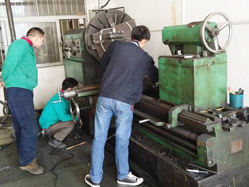 东莞广东省机床厂CQ62125E车床维修