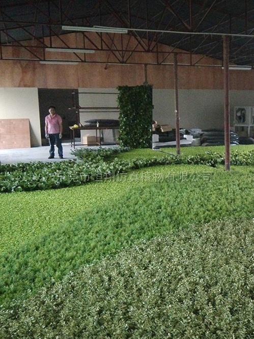 大型LOGO仿真植物墙设计