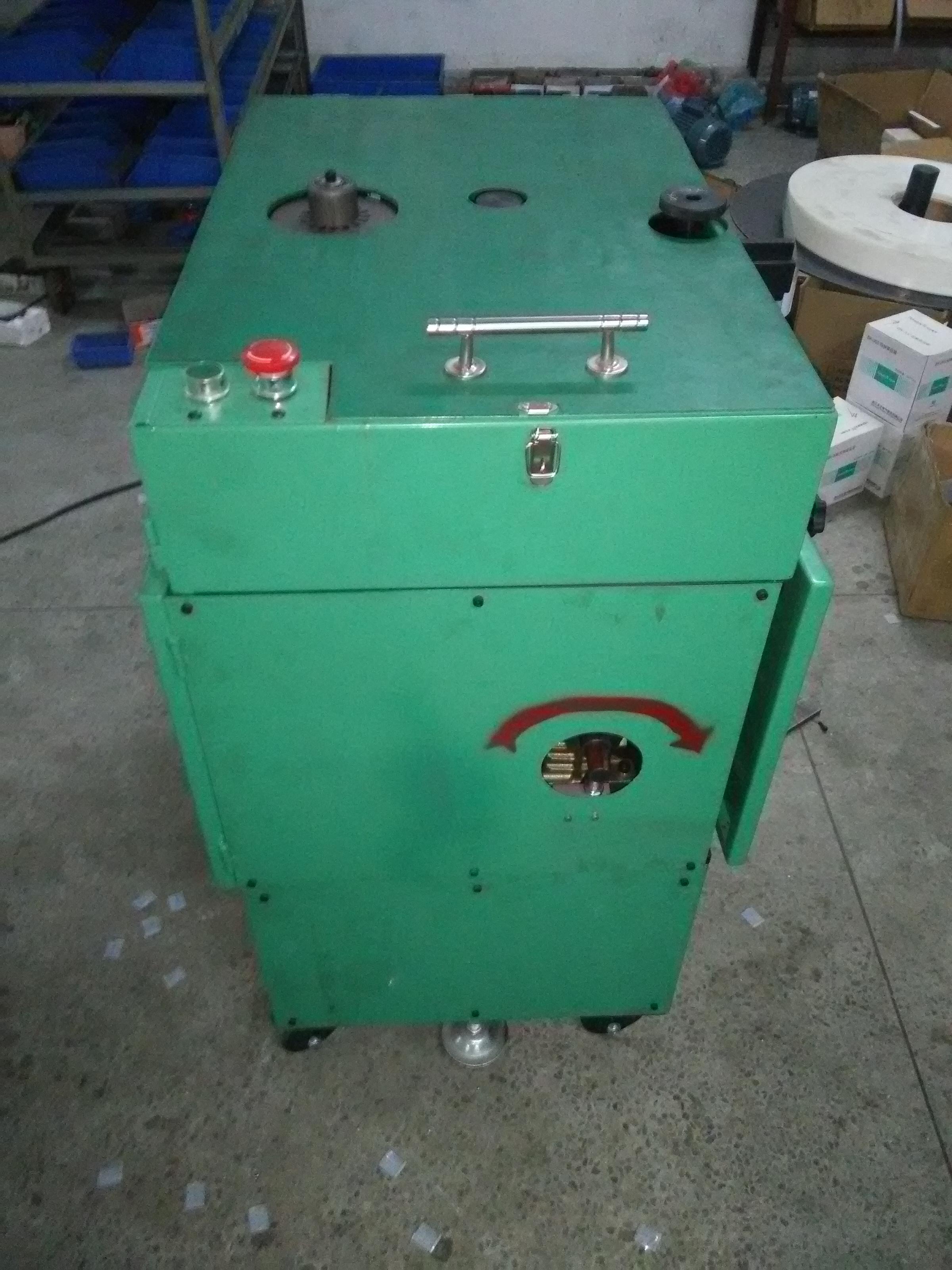 絕緣紙自動插入機 JS-01A
