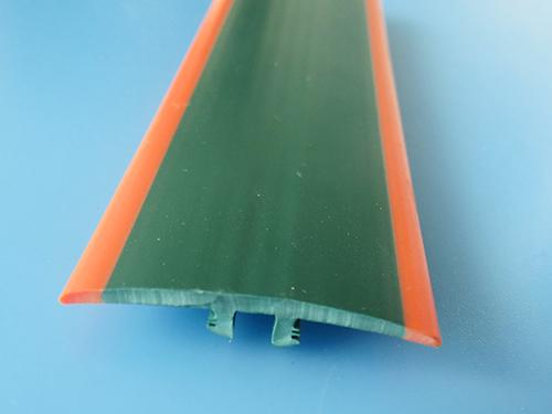 东莞工装板胶条生产