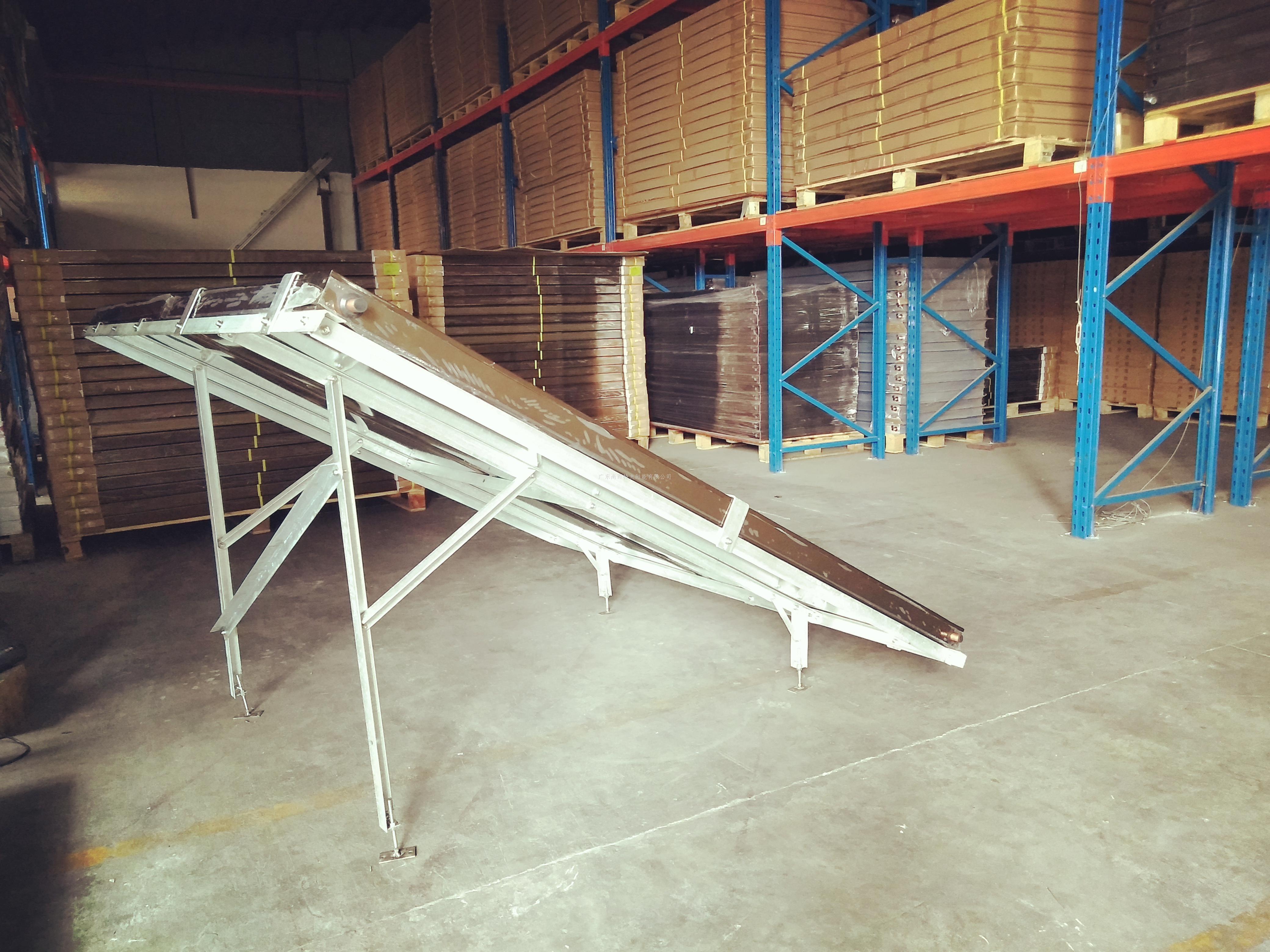 平板太阳能热水工程防台风支架