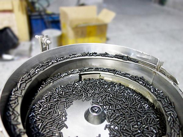 幾米螺絲振動盤加工