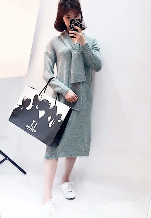 时尚毛衣公司_井水服饰_织男儿童_时尚_儿童_天蓝_灰色_红色