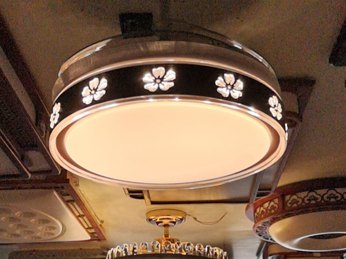 玻璃圓形吸頂燈具