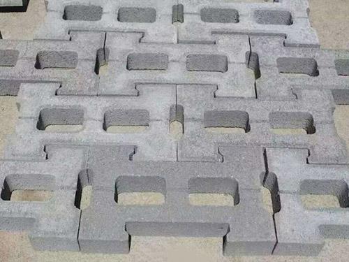 水泥环保彩砖生产