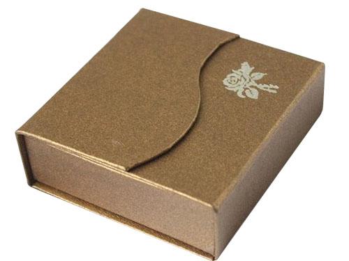 正方形礼品盒|东莞市联德行纸品有限公司