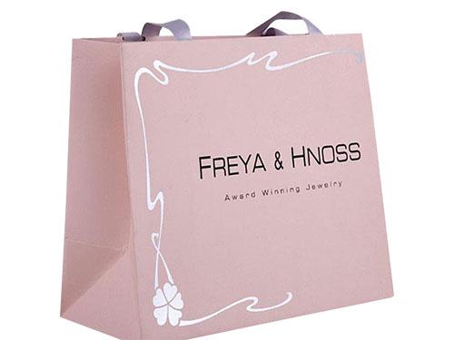 粉色包装袋