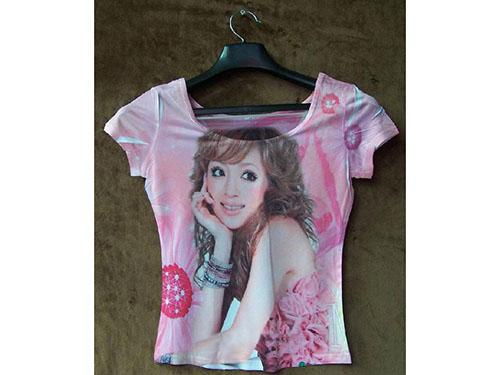 时尚女孩T恤