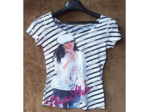 时尚印花女孩T恤
