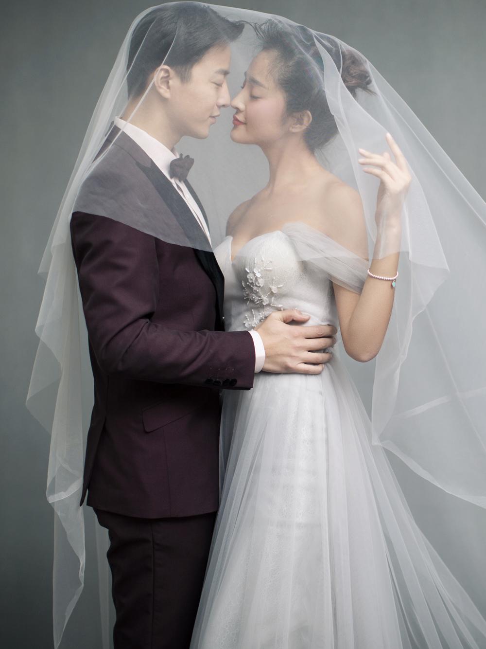 东莞室内婚纱照