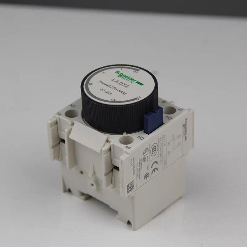 施耐德接触器通电延时继电器 LADT2 全新原装正品 0.1-30S