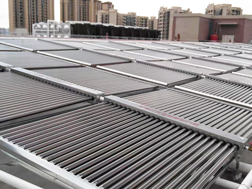 真空管太陽能配空氣能熱水泵中央供熱水系統