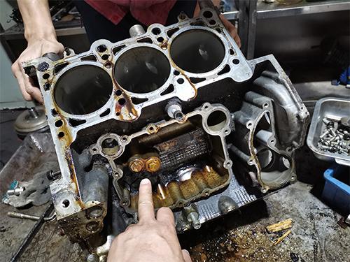 發動機維修