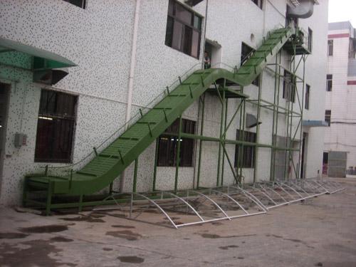 板式爬坡输送线