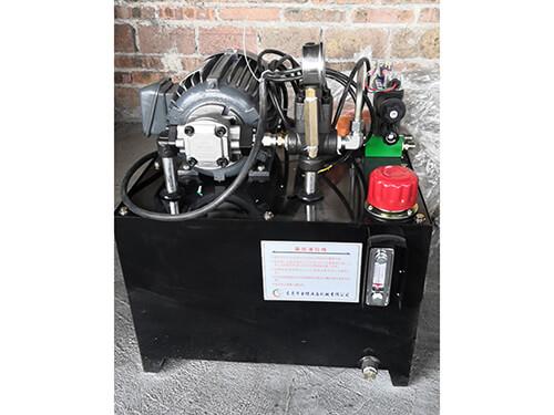 油壓傾爐油壓站