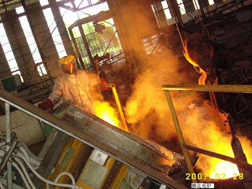 鋼殼熔煉爐800KG以上