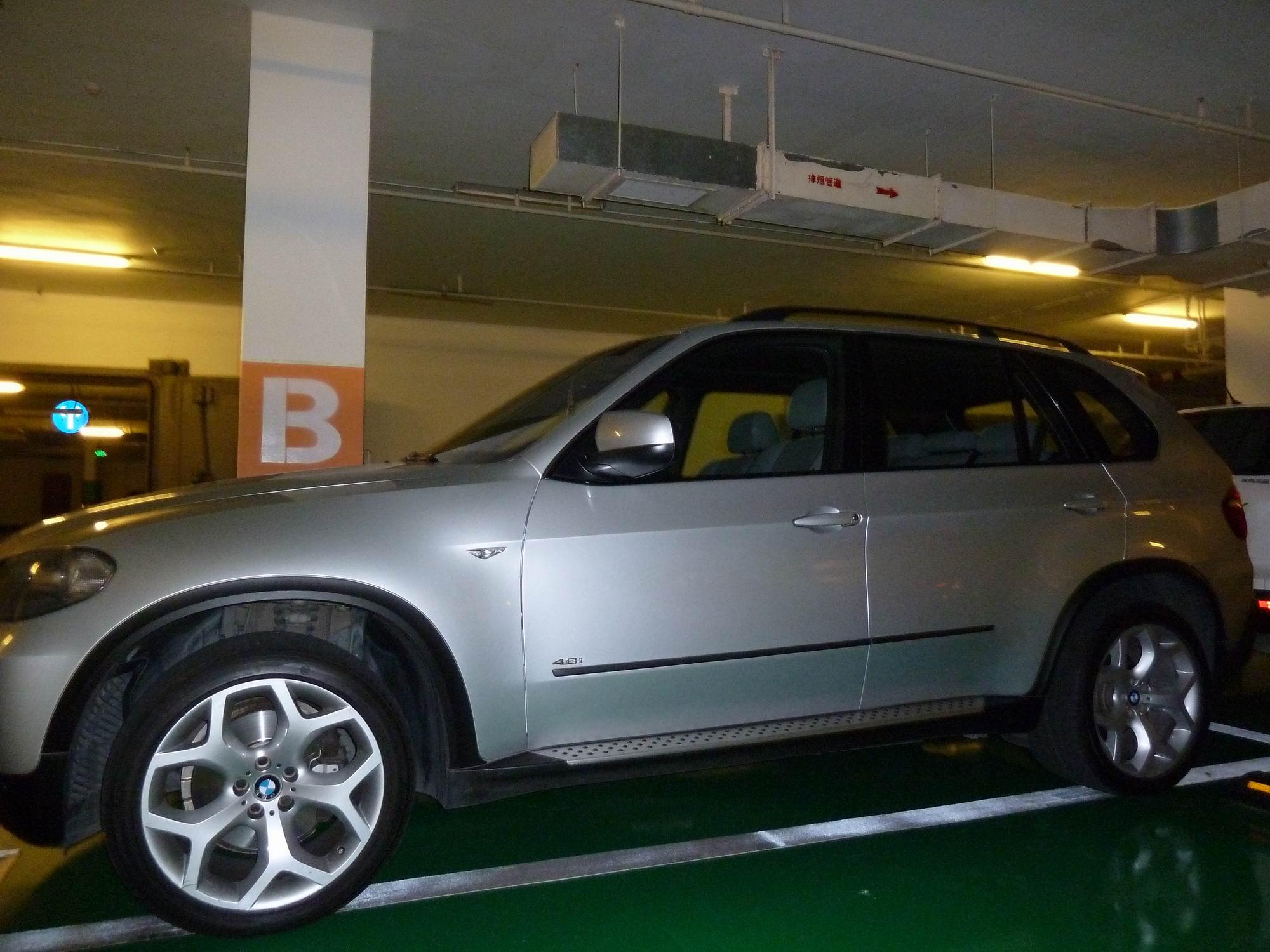 宝马x5 银色 jb10219