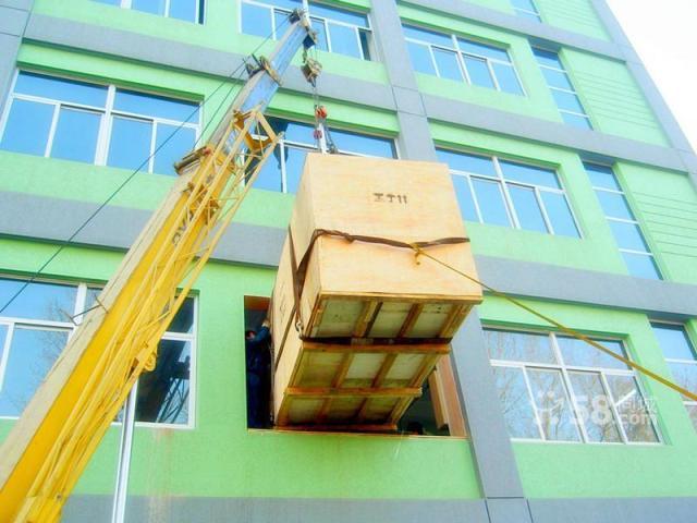 东莞机器吊装搬厂服务,找联运搬家