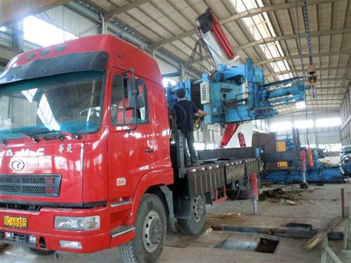70吨压铸机搬运