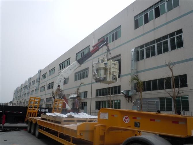 大型吊车起重搬运车辆
