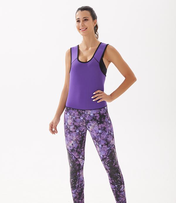 紫色救生背心